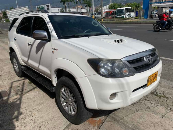 Toyota Fortuner Srv 3.0 Diesel