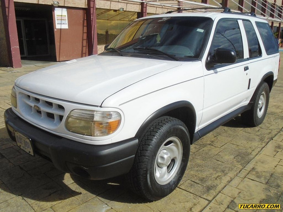 Ford Explorer Aventura - Sincronica