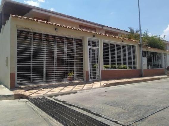 20-17436 Casa En Venta Urb Los Girasoles Maracay/ Wjo