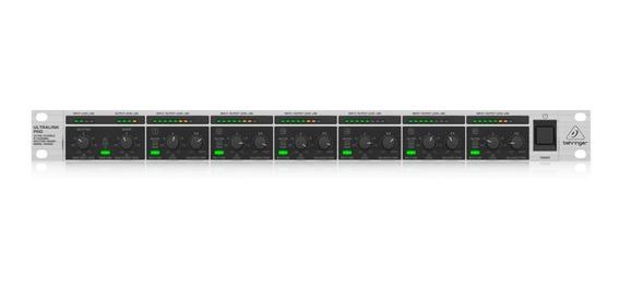 Mixer Splitter 8 Canais Ultralink Pro Behringer Mx882