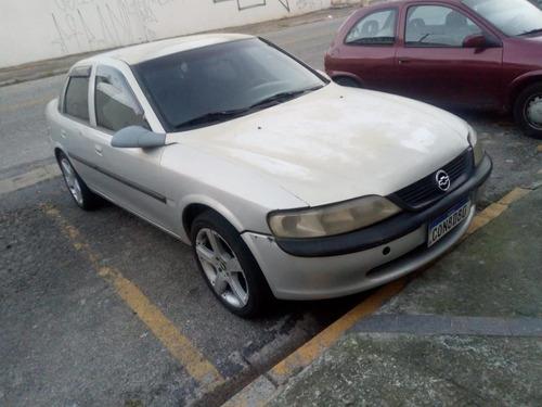 Imagem 1 de 15 de Chevrolet Vectra 1999 2.2 Gl 4p