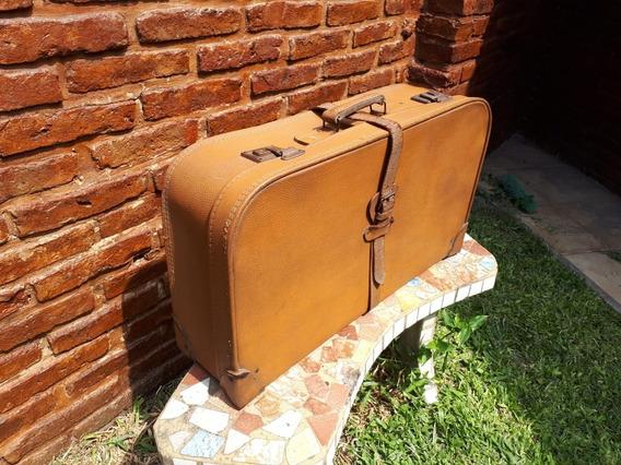 Vendo Valija Antigua Vintage Para Uso O Decoración
