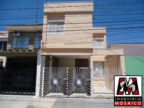 Imagem 1 de 10 de Ótimo Sobrado No Vianelo Com 03 Dormitórios, Vaga Coberta. - 23005 - 34558804