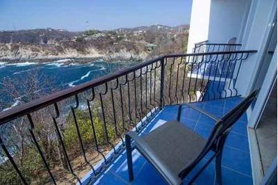 Condominio Frente Al Mar Con Amplia Terraza