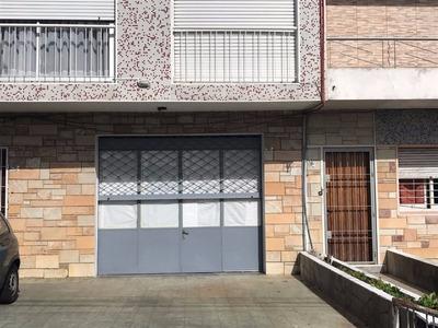 Muy Buena Casa Con Garage A Pocas Cuadras De Av. Italia