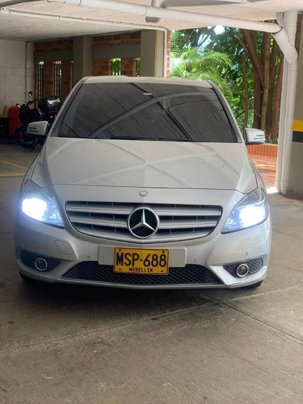 Mercedes Benz B180 5 Puertas