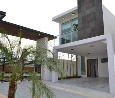 Venta De Casas Con 3 Recámaras, San Isidro Juriquilla, Querétaro