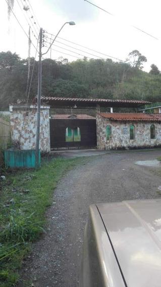 En Venta Casa En Caripe, Urb. Los Barones, Sector San Juan