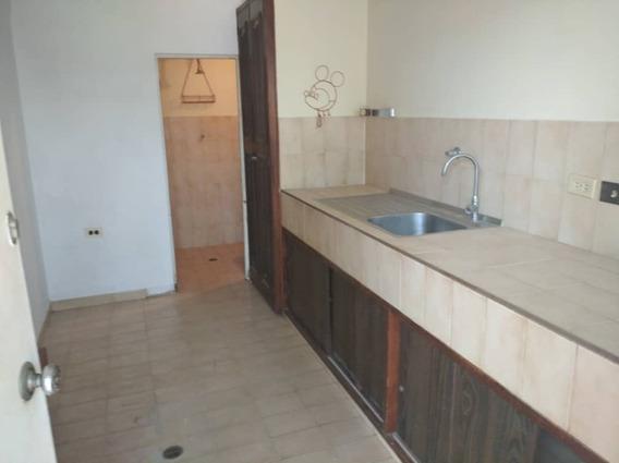 Apartamento Tipo Estudio En La Coromoto 29849 William Suarez