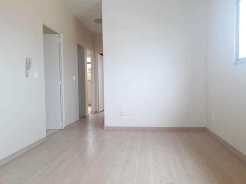 Apartamento Com 3 Quartos Para Comprar No Heliópolis Em Belo Horizonte/mg - Dl1830