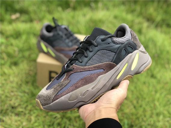 Zapatilla adidas Yeezy Boost 700 Mauve - Hombre