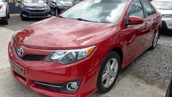 Toyota Camry Se Rojo 2013