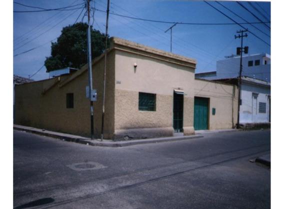 Casa Comercial En La Candelaria