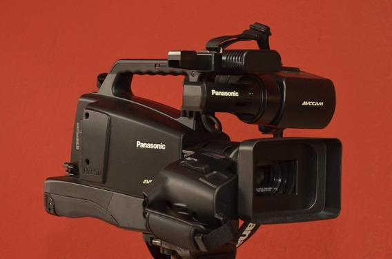 Filmadora Full Hd Panasonic Modelo Ag-hmc80p + Tripé