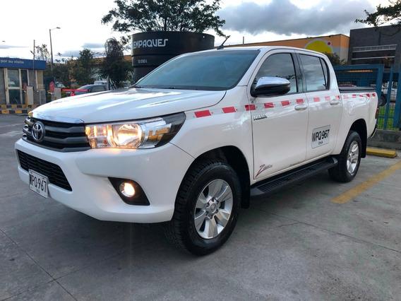 Toyota Hilux 2.4 Diesel