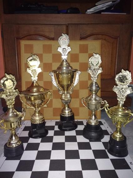 5 Trofeos De Ajedrez - Varios Modelos