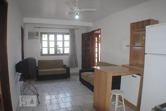 Apartamento No 1º Andar Mobiliado Com 2 Dormitórios E 1 Garagem - Id: 892945995 - 245995