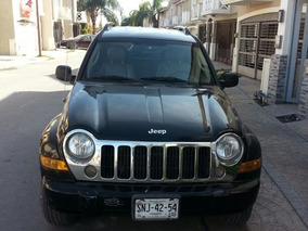 Jeep Liberty Limited 4x2 Aut. Mexicana