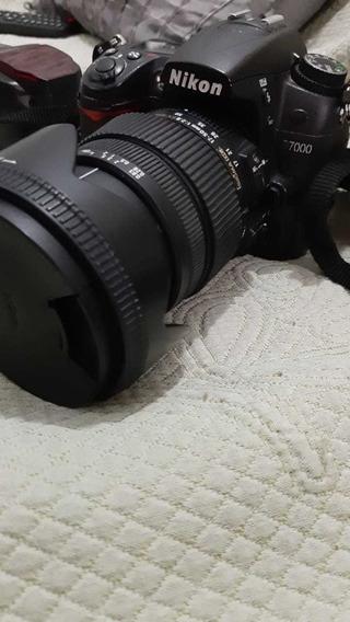 Câmera D7000 + Lente Sigma 17-50mm F:2.8 + Flash Yn660