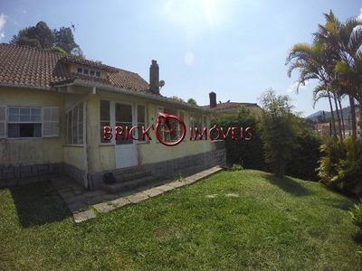 Ótima Casa Independente No Alto Com 3 Quartos Sendo 2 Suítes. - Ca00249 - 4882336