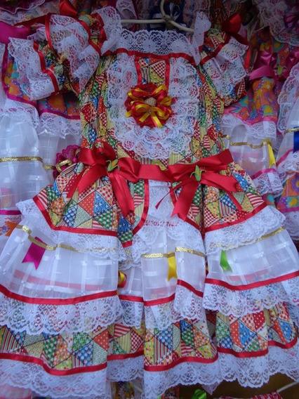 Vestido Junino Na Cor Vermelho Laço, De Luxo, Já Enfeitado