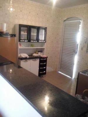 Chalé-pousada A Venda Em Caldas Novas, 3 Dormitórios, 2 Suítes, 3 Banheiros, 2 Vagas - 101
