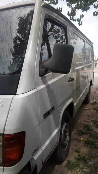 Merces Benz 180