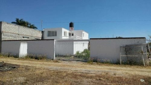 Se Vende Casa En Privada Dentro De Fraccionamiento Jardines
