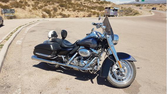 Harley Davidson Road King Cvo Screaming Eagle