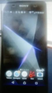 Xperia Sony E5 - Motorola E4
