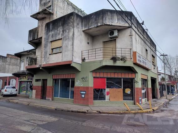 Edificio Comercial - Merlo