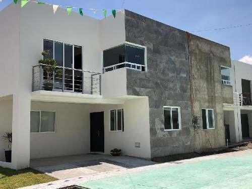 Excelentes Casas Nuevas De 3 Habitaciones En Hermoso Fraccionamiento En San Mateo Atenco