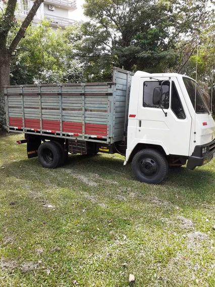 Caminhão Agrale Carroceria De Madeira