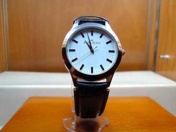 Reloj Ann Klein Caja De Acero Correa Negra Carátula Blanca