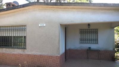Buena Casa Construida En Bloque De Ticholo Y Planchada