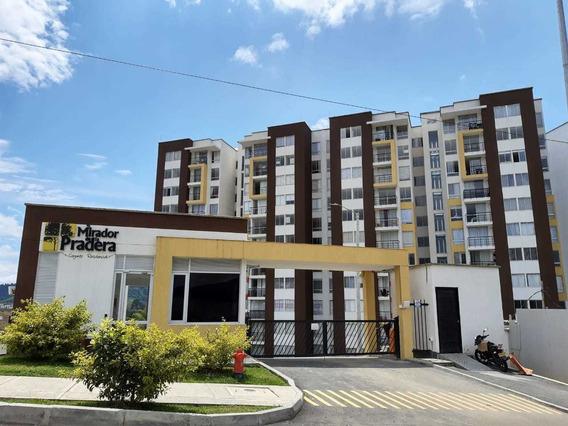 Apartamento Con Parqueadero En Conjunto Mirador De La Prader