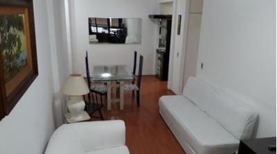 Flat Copacabana, Figueiredo Magalhães, 55 M2, 1 Vaga, Varanda - 3375