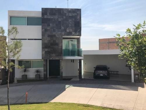 Casa Con Alberca Amueblada En Sierrazul, San Luis Potosi