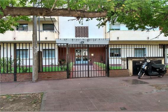 Venta + Departamento + Zona Macrocentro + 1 Dor