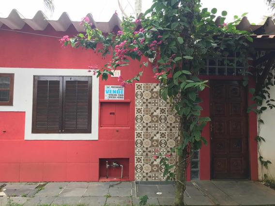 Casa Mobiliada Com 3 Suítes, Sala E Cozinha - Com Alarme