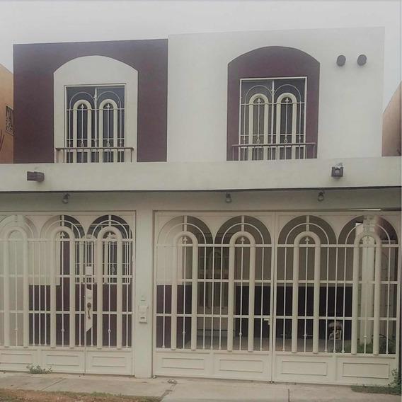 Excelente Casa En Venta Mitras Pte Jordan 1.2m Súper Ubicada