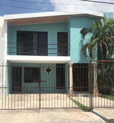 Casa En Renta Ubicada En Zona Norte De Mérida Con Piscina , Fracc Montealbán