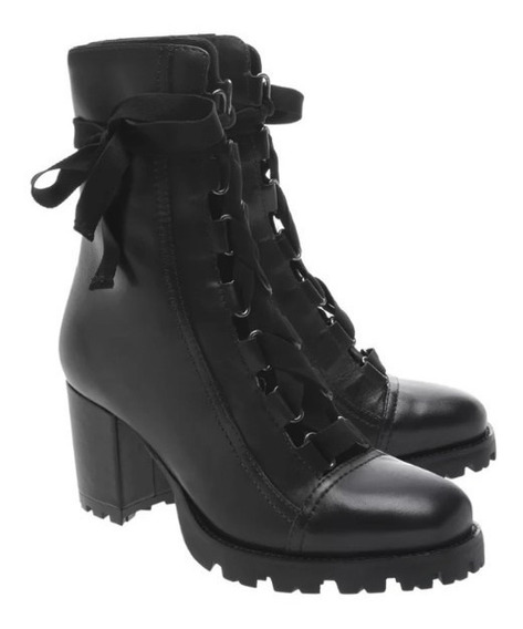 Bota Schutz Combat Boot Lace Up Black