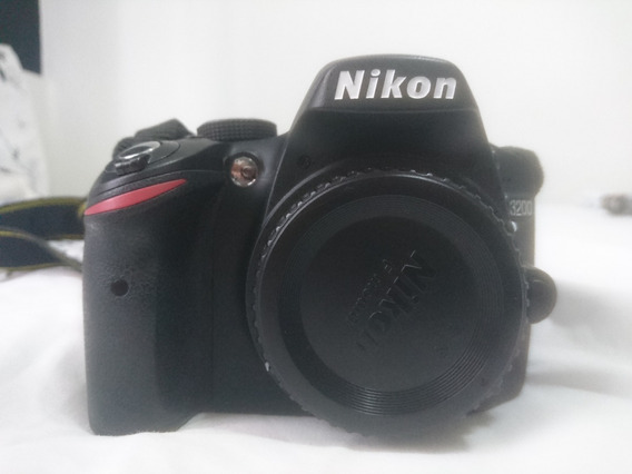 Câmera Digital Nikon D3200 + Cartão De Memória De 32gb.