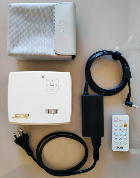 Mini Projetor Dlp Acer K132 - 600 Lúmens Ansi + Case