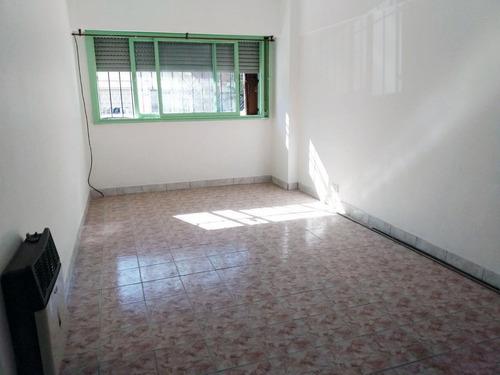 Mariano Acha 900 / Departamento En Venta / Tres Ambientes / Villa Urquiza