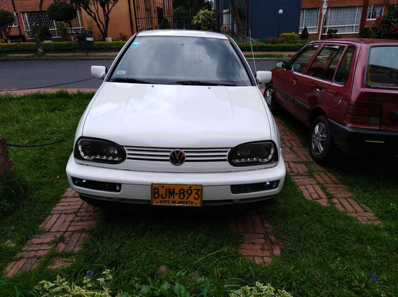 Volkswagen Golf Manhatan Hermoso
