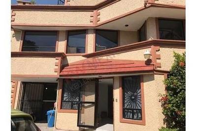 Amplia Casa En Venta 3 Recámaras, Col. Lomas Estrella