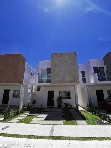 Casa En Renta En Paseo San Junipero Junto Al Refugio, 3 Rec, Alberca