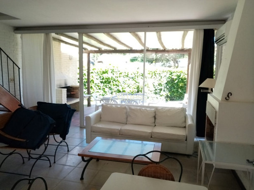 Duplex De 2 Dormitorios En Venta- Ref: 3093